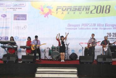 Penampilan Band RS Bethesda pada Porseni YAKKUM 2018
